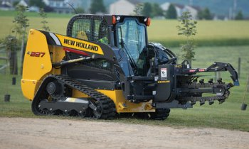 CroppedImage350210-NH-CompactTrackLoaders-C227-2017.jpg