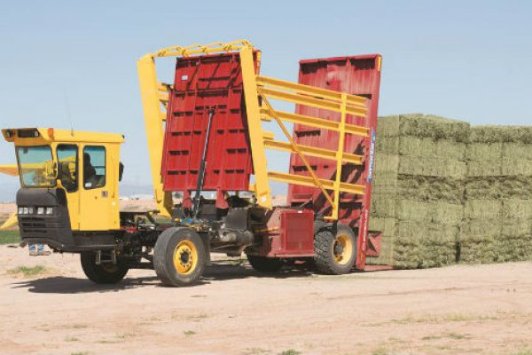 New Holland Ag Products | Stackcruiser® Self-Propelled Bale Wagons | Model Stackcruiser® 103 for sale at H&R Agri-Power