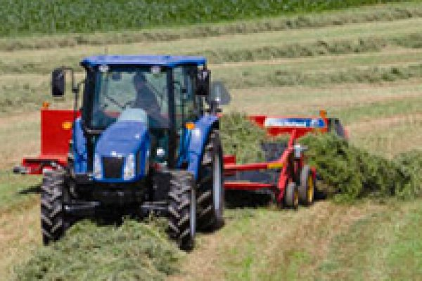 New Holland Ag Products | Haytools & Spreaders | Windrow Mergers for sale at H&R Agri-Power